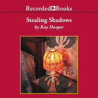 Stealing Shadows - Kay Hooper